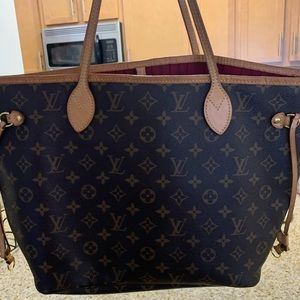 Louis Vuitton Neverfull Mm red